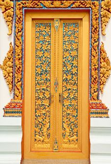 Free Traditional Thai Style Church Door Royalty Free Stock Photography - 10259677