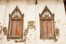 Free Traditional Thai Style Church Door Stock Photography - 10259882