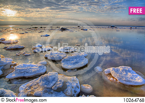 Free Hdri Winter Sea Landscape Royalty Free Stock Photos - 10264768