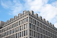 Free Modern Building Exterior Stock Image - 10261411
