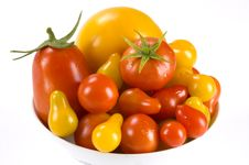 Free Tomatoes In A Bowl Royalty Free Stock Photos - 10269938