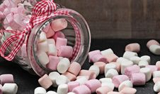 Free Pink, Confectionery, Marshmallow Royalty Free Stock Photography - 102644617