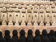 Free Jizo Statues Royalty Free Stock Photo - 10272335