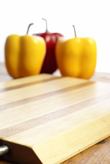 Free Wooden Chopping Board Royalty Free Stock Image - 10272436