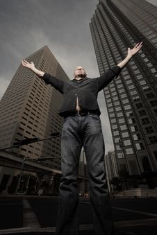 Free Man Embracing The City Stock Photo - 10273810