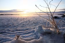 Free Sunset Over Frozen Lake Royalty Free Stock Photos - 10273978