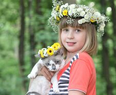 Free The Girl With A Kitten. Royalty Free Stock Photography - 10276527