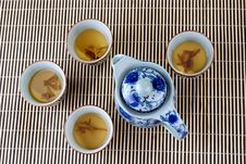Free Blue And White Porcelain Teapot And Teacups Royalty Free Stock Images - 10280369