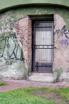 Free Metal Door Stock Image - 10281741