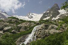 Free Falls.Caucasus Stock Image - 10281941