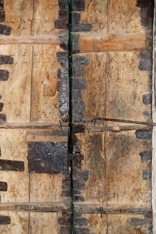 Free Ancient Wooden Gate Royalty Free Stock Images - 10287029