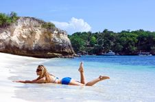 Free Blonde Lady Lying In Water On The Beach Royalty Free Stock Image - 10288426