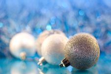 Free Wintery Decorations Royalty Free Stock Photography - 10290507