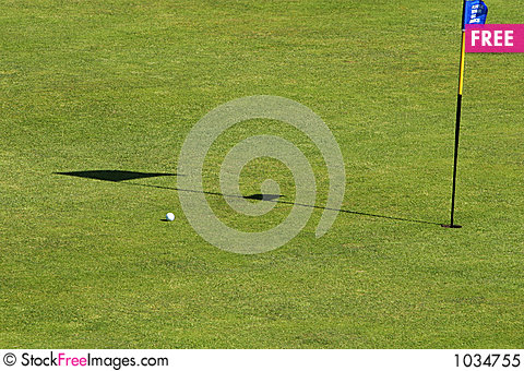 Free Putt The Hole Royalty Free Stock Photo - 1034755