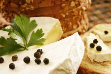 Free Delicious Cheese Royalty Free Stock Photography - 1030417