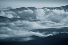 Free Romanian Mountains Royalty Free Stock Photography - 1038247