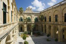 Free Grandmaster S Palace Courtyard Royalty Free Stock Photos - 1038548