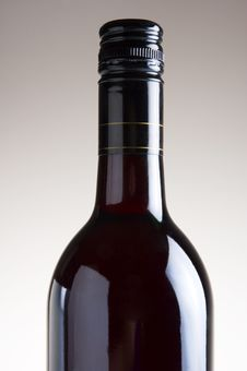 Free Isolated Red Wine Bottle On Plain Background Royalty Free Stock Photography - 1038657