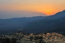Free Sun Rise Over Rice Terrace Stock Photography - 10301202