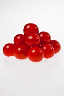 Free A Cherry Tomato Pyramid. Royalty Free Stock Image - 10306046