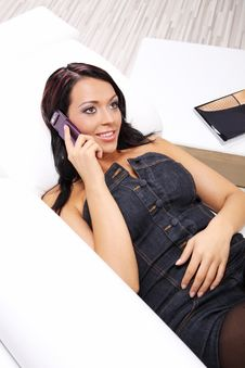 Free Woman Talking Cell Phone Stock Images - 10306204