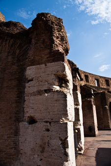 Free Rome Colosseum Royalty Free Stock Photography - 10312227