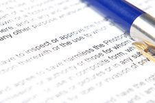 Free The Pen On The Text Royalty Free Stock Images - 10312349