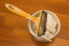 Paintbrush And Bucket With Paint Royalty Free Stock Image