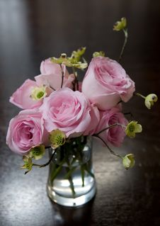 Free Flower Arrangement Royalty Free Stock Photo - 10319235