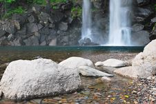 Free Landscape Shot Of Majestic Waterfall Royalty Free Stock Photos - 10321878