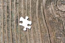 Free Missing Piece Of The Puzzle Royalty Free Stock Photos - 10322018