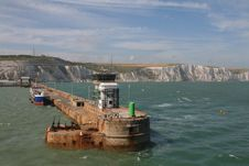 Free Dover Harbour Royalty Free Stock Photos - 10332048