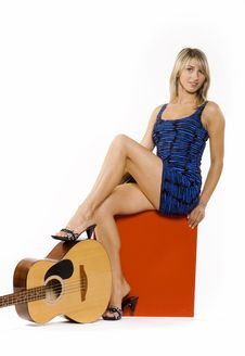 Free Beautiful Young Woman With Guitar Stock Photos - 10334173