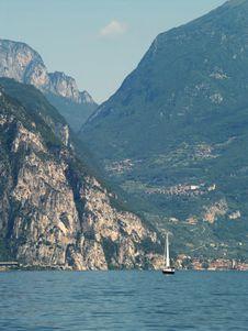 Free Scenery Of Lake Garda, Italy Royalty Free Stock Photos - 10336748