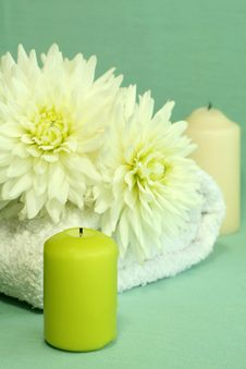 Free Towel, Candles And Flowers. Stock Images - 10338454