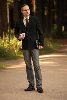 Free Thinking Businessman Outdoors Stock Photos - 10338903
