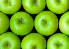 Free Green Apples Background Closeup Royalty Free Stock Image - 10338956
