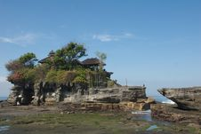 Free Tanah Lot Temple Stock Images - 10342654