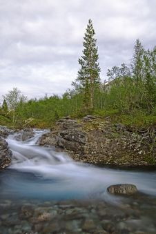 Free Mountain River With Clear Water Stock Image - 10351301