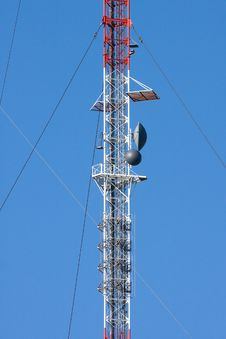 Free Radio Communication Tower Royalty Free Stock Image - 10358576