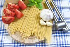 Free Basic Spaghetti Stock Images - 10359734