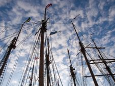 Free Sailing Masts Of Wooden Tall Ships Stock Photography - 10362172