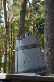 Free Wood Pail Stock Image - 1040361