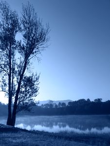 Free Blue Morning By The Lake Royalty Free Stock Image - 1041876