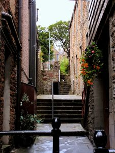 Free Quaint Alley Royalty Free Stock Photos - 1043228
