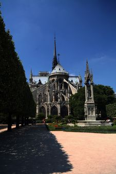 Free Back Of Notre Dame Stock Image - 1047051