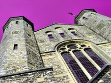 Free Cathedral Royalty Free Stock Photos - 1047508
