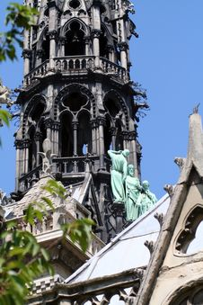 Free Notre Dame Roof Details Royalty Free Stock Photo - 1048075
