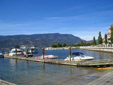 Free Docked House Boats And Motor Boats Royalty Free Stock Photo - 1048525