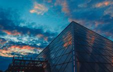 Free Rock And Roll Museum Hall Of Fame, U.s.a. Royalty Free Stock Images - 104286939